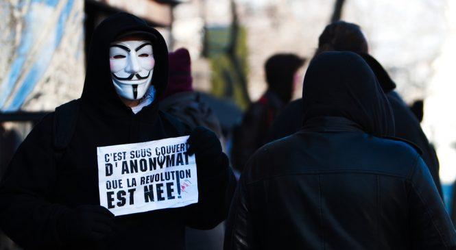 Les Anonymous se lâchent pour fêter Guy Fawkes