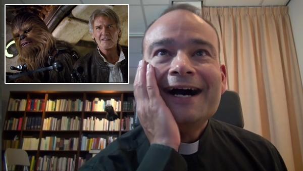 Un prêtre découvre la bande annonce de Star Wars 7