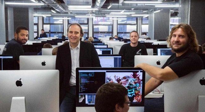Comment intégrer l'École 42 de Xavier Niel et devenir développeur ?