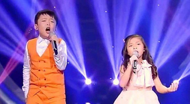 La Voix Du Petit Garçon Est Superbe Mais Quand La Petite Fille S'y Met Aussi C'est PHÉNOMÉNAL!
