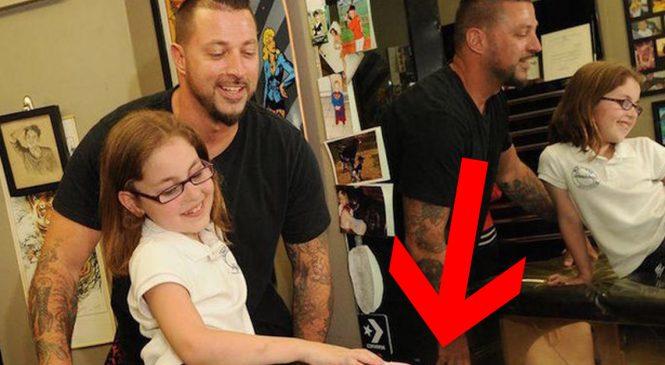 Cette petite fille se rend chez ce tatoueur, ce qu'il fait à ses jambes est renversant!