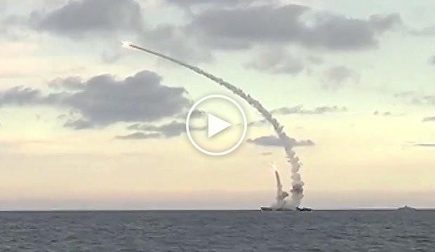 La Russie tire 18 missiles de croisière sur la Syrie
