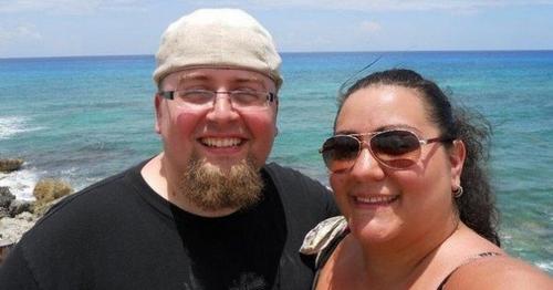 La transformation radicale d'un jeune couple qui a perdu plus de 127 kg !