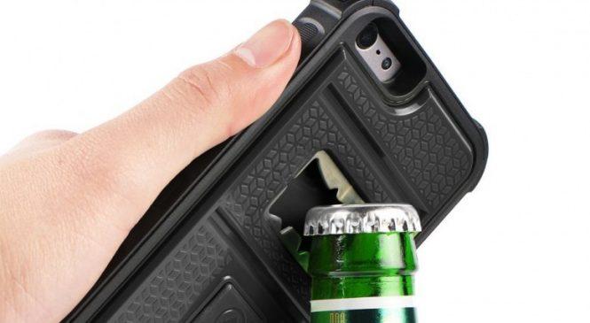 Cette coque iPhone intègre un briquet et un décapsuleur
