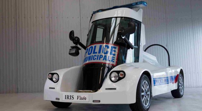 La police municipale dispose d'une nouvelle voiture futuriste et électrique