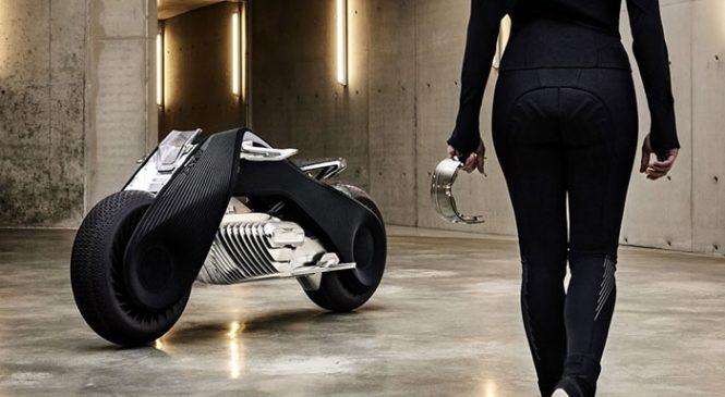 BMW présente une moto 100% électrique et connectée
