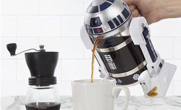 La cafetière R2-D2 pour vous lever du bon côté de la force