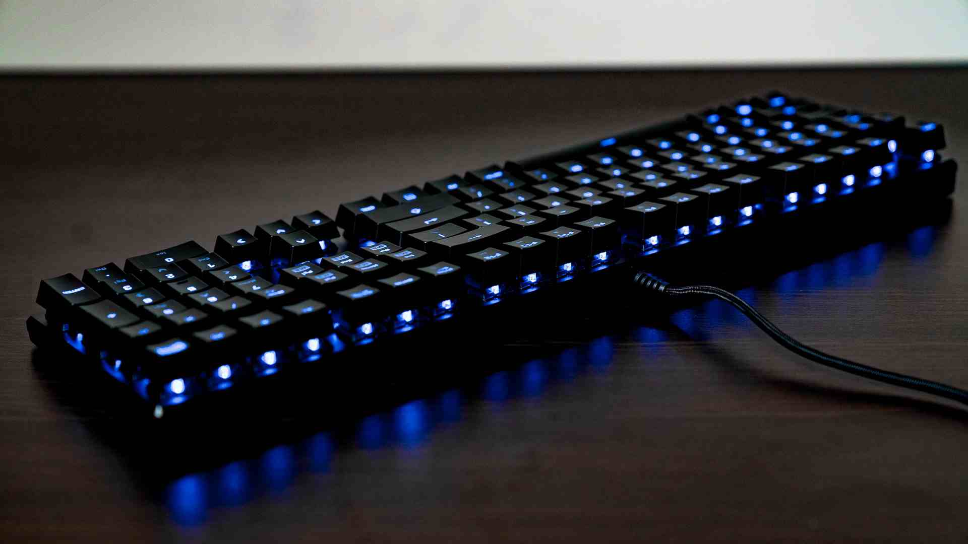 clavier-roccat-compressed