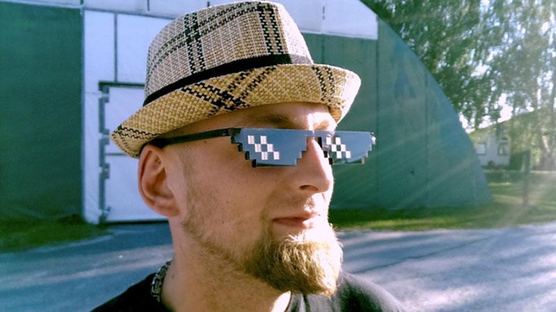 comment avoir la clientèle d'abord nouvelle arrivee Deal With It : Des lunettes de soleil conçues pour les geeks