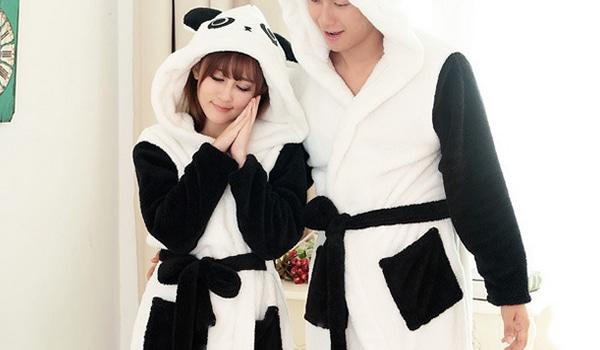 Mignon : Le peignoir panda pour faire de jolis rêves