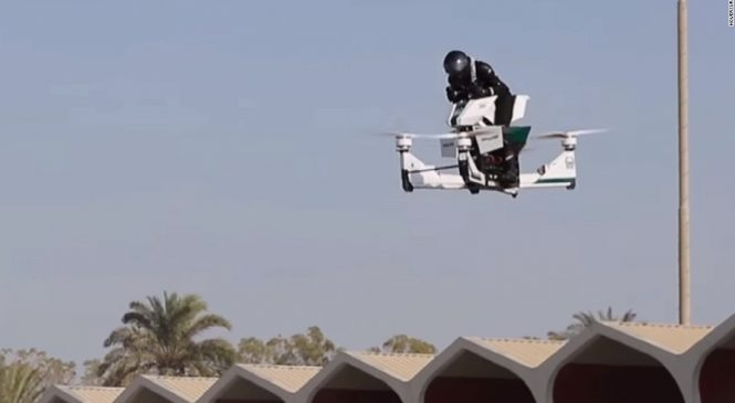 Hoversurf Scorpion-3 : La future moto volante de la police de Dubaï