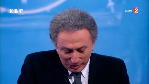 Michel Drucker craque et fond en larmes en parlant de la mort de Johnny Hallyday (Vidéo)