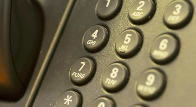 Comment identifier une personne qui vous a appelé au téléphone ?