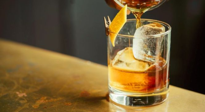 Pourquoi l'alcool déshydrate quand vous en buvez beaucoup